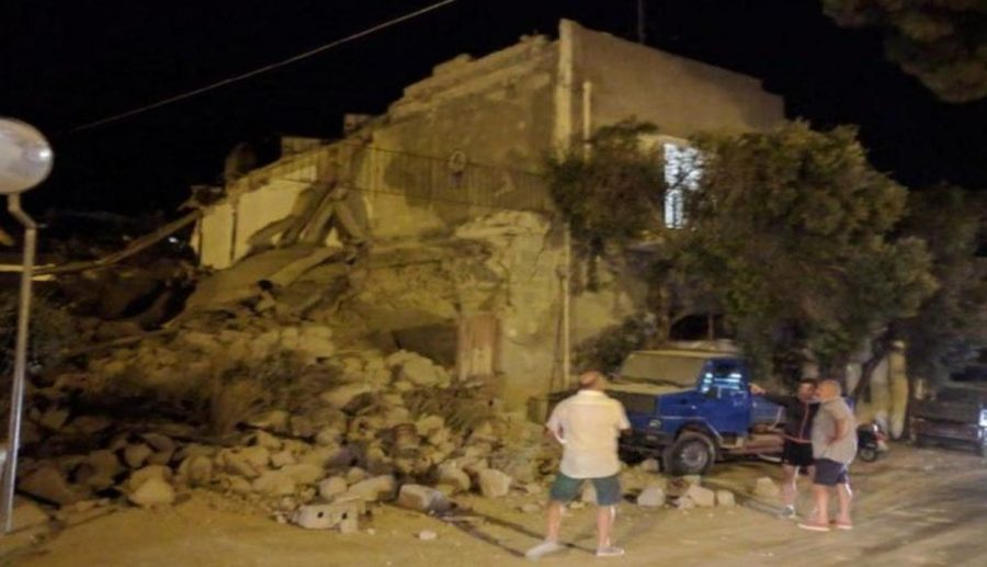 Italia Sismo  escala de 4 grados richter  2 muertos ocurrió en la Isla  Ischia  frente a las costas de Nápoles